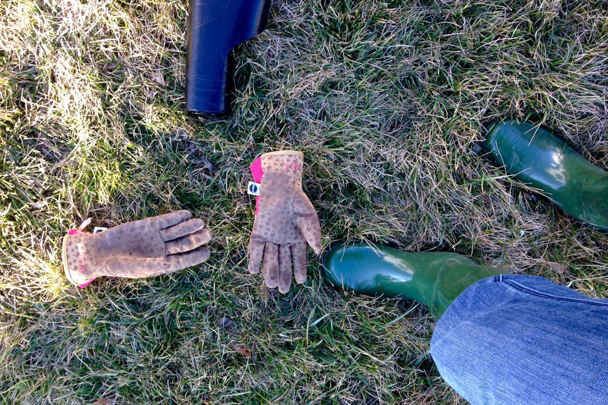 gardening boots and gloves